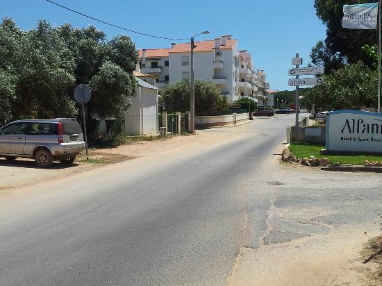 Alfamar Hotel: From local bus stop