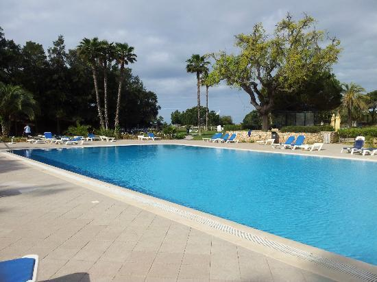 Alfamar Beach & Sport Resort: pools area