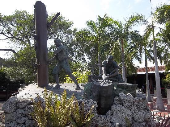 Memorial Sculpture Garden: Wrecker Monument