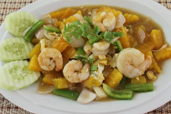 Siam Kitchen : Stir-fried pumpkin with Shrimp