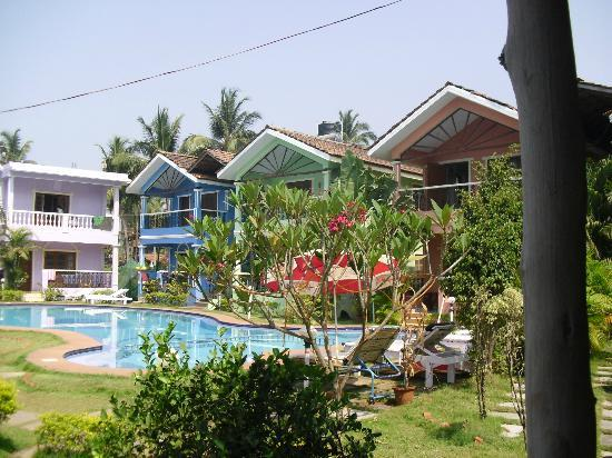 Maggies Guest House: View of the Resort