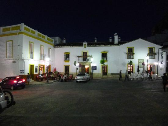 Hotel Montejaque at night