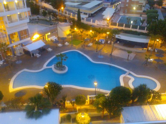 Poseidon Resort: Pool in the evening