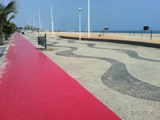 Luanda, Angola: Ilha do Cabo