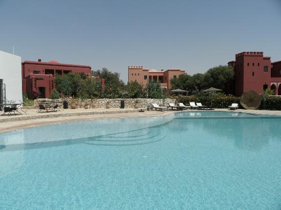 Domaine de l'Arganeraie : swimmingpool with villas