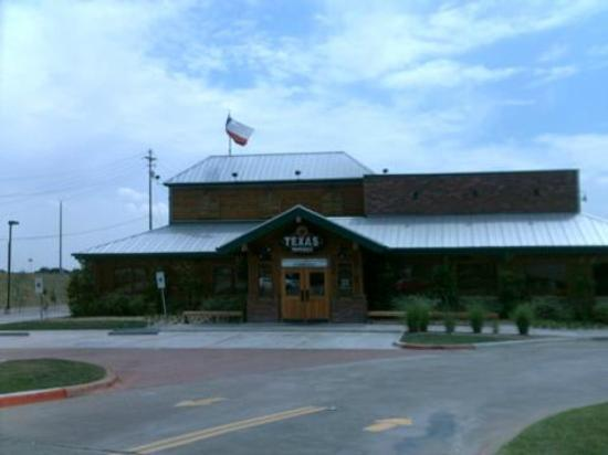 Texas Roadhouse: 121/Harwood
