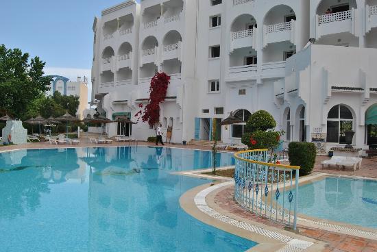 Houria Palace Hotel: Espace piscine