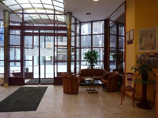Hotel Foyer Pictures : The hotel foyer picture of city pilvax budapest