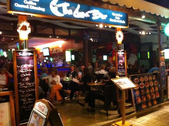 The Luna Bar Sports Bar & Casual Dining