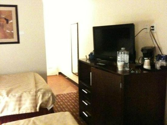 La Quinta Inn & Suites JFK Airport: Top floor room