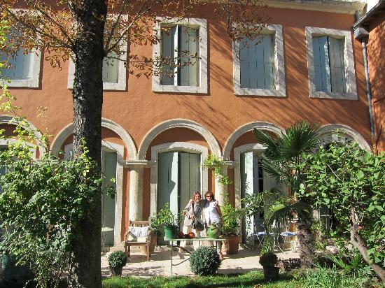 Ma Chambre d'Hotes a Montpellier : les chambres vues du jardin