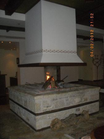 Karpenisi, Grèce : fireplace