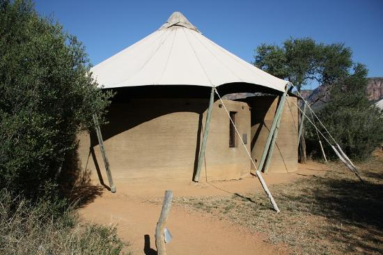 Marataba Safari Lodge: Access to our tented suite
