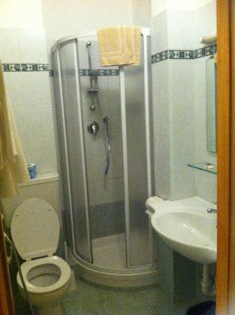 Eden Hotel: bagno