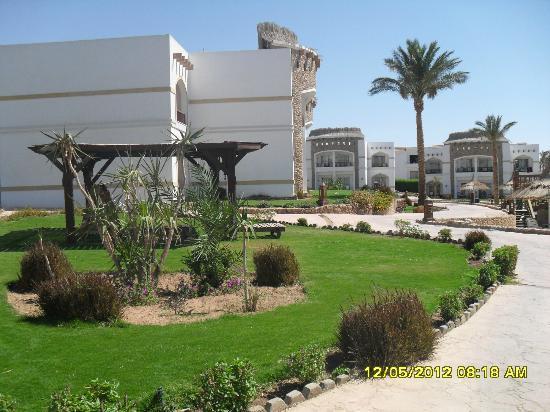 Gardenia Plaza Resort: Hotel Grounds