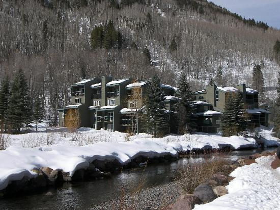 Riverside Condominiums: Winter Exterior