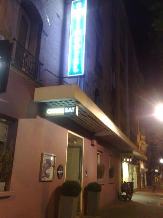 Timhotel Boulogne Rives De Seine: voorzijde hotel