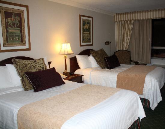 Bethesda Court Hotel: Room 331