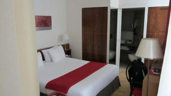 Hotel Monna Lisa: bed