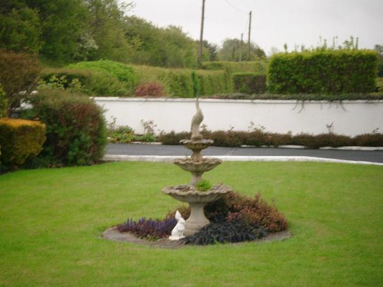Castleview House: Castleview Grounds