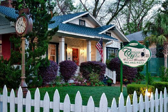 The Carriage House Bed and Breakfast