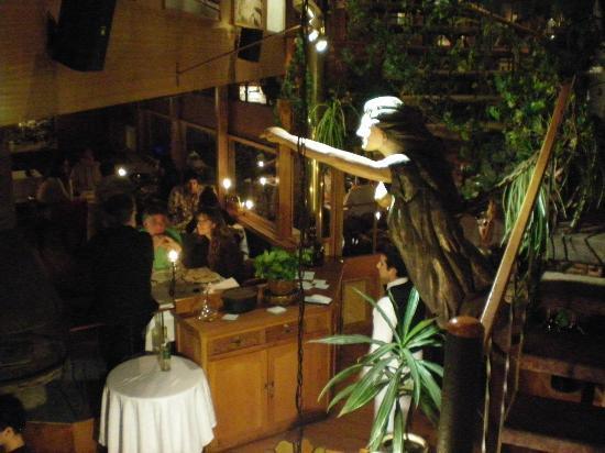 Hotel Restaurant Cap Ducal: Una vista al interior del Restaurante.