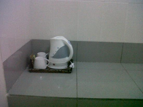Gong Segara Homestay : kettle
