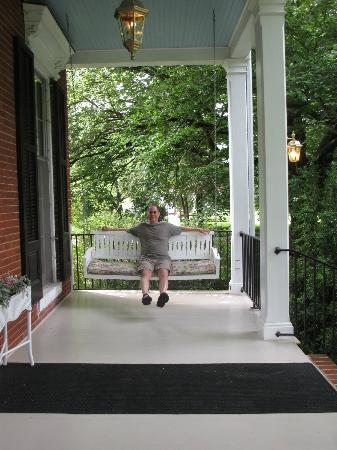 Brampton Bed and Breakfast Inn: swinging on the porch