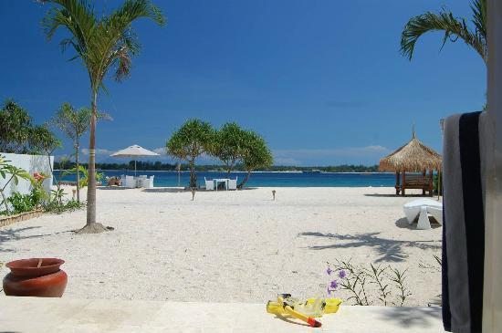 MAHAMAYA Gili Meno: View from Ocean Front Villa