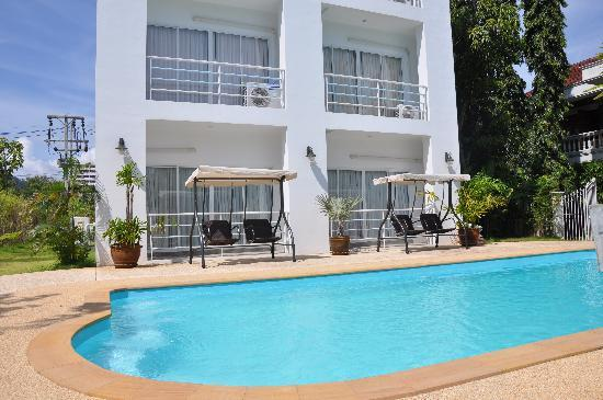 Arun Seaview Apartment: OutDoor Pool