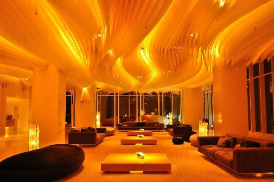 Hilton Pattaya: Lobby zone