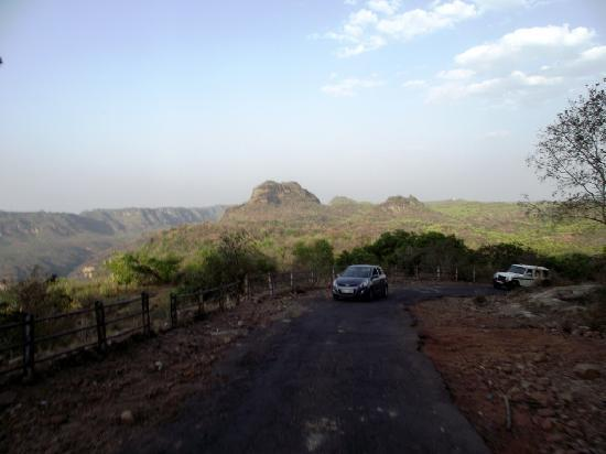 Pachmarhi, Индия: Up up to Dhoopgarh