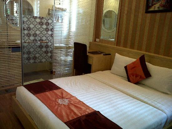 Tu Linh Palace Hotel: Deluxe Room Tu Linh Palace Hanoi