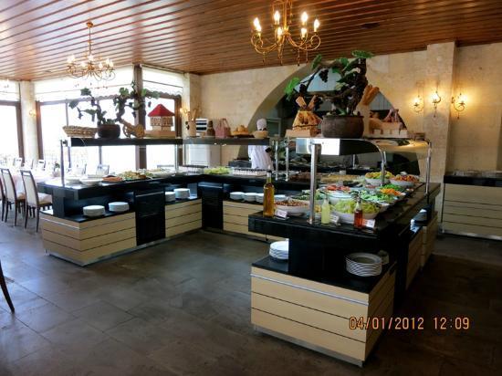 Goreme Kaya Hotel: Inside of the restaurant