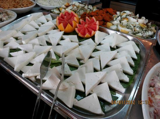 Goreme Kaya Hotel : cheese collection....
