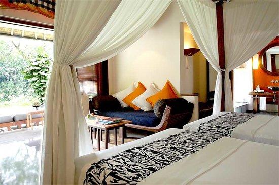 Maya Ubud Resort & Spa : villa interior