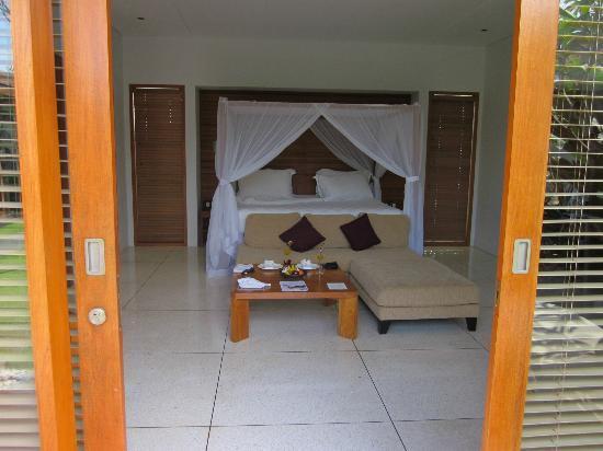 The Samaya Bali Seminyak: Entrance to the Bedroom