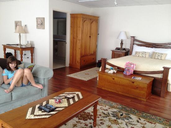 Montville Attic: Sleeping area