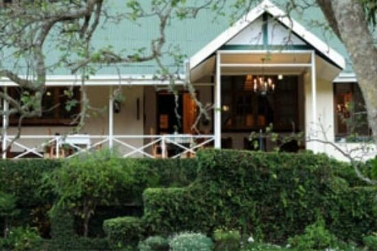 Avoca Vale Country Hotel: Cosy bar and reception