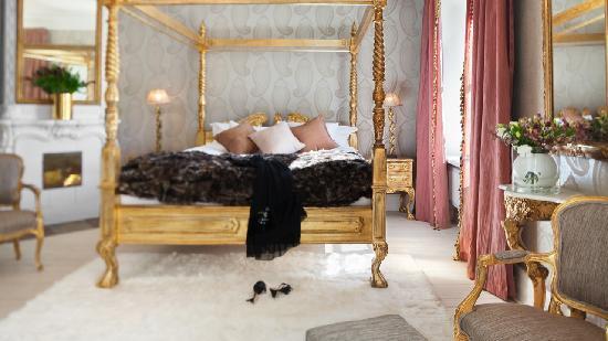 Gorvalns Slott: A Grand Deluxe room of Görvälns Slott, Sweden