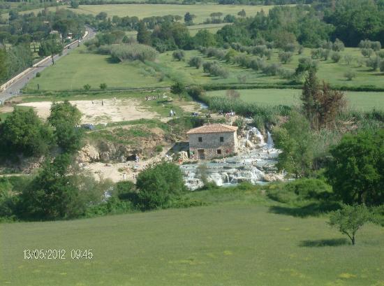 Saturnia, Italien: cascate del gorello