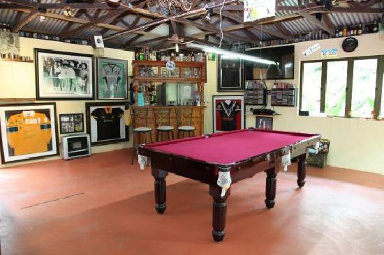 Chilverton Cottages: Games Room on site