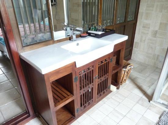 Jingshan Garden Hotel: Bathroom