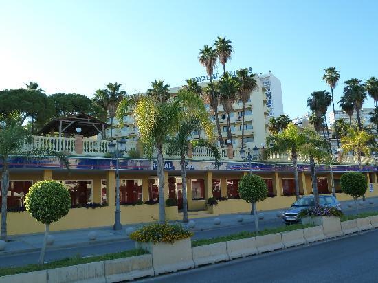 Royal Al-Andalus: hotel vue de l'avenue