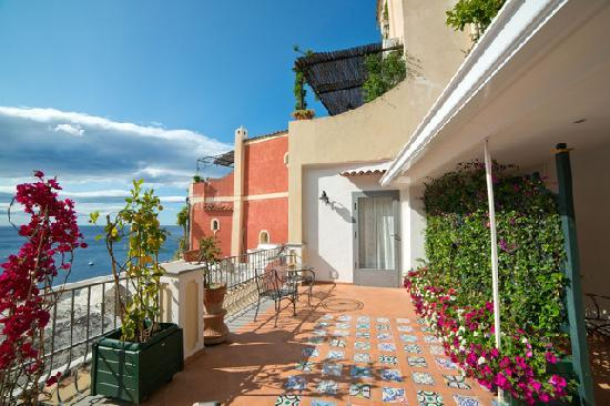 Hotel Miramare : sea view apartment