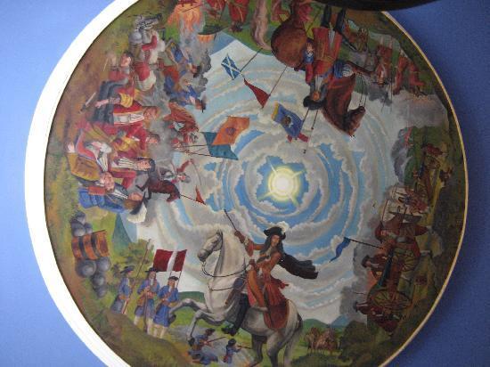 Scholars Townhouse Hotel Restaurant : Frescoes of Battle of The Boyne