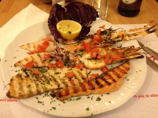 Pizzeria Calafuria: grigliata di pesce