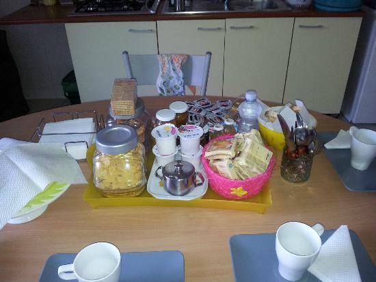 B&B Pompei Welcome: Prima colazione