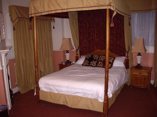 Sibson Inn Hotel: bedroom