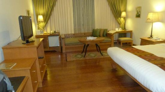 The Imperial River House Resort: Room